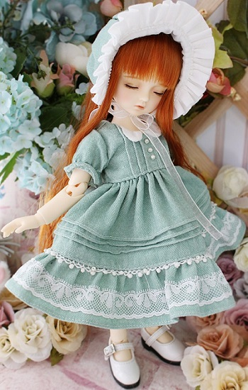 Love Type - Basic Bonnet Dress (Green)