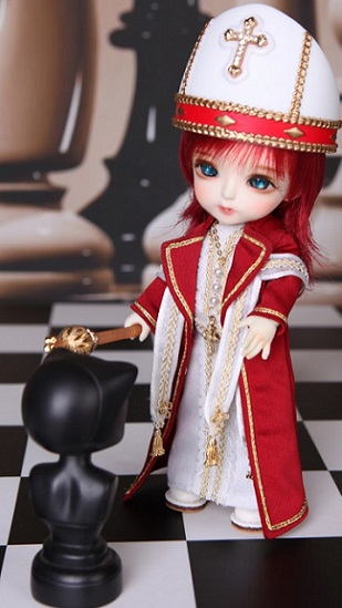 Tiny Delf Momo - Chess Bishop ver. - Real Skin Normal